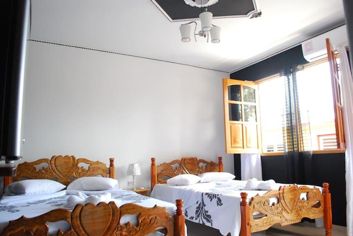 Casa emilito y Danay (habitación 3)