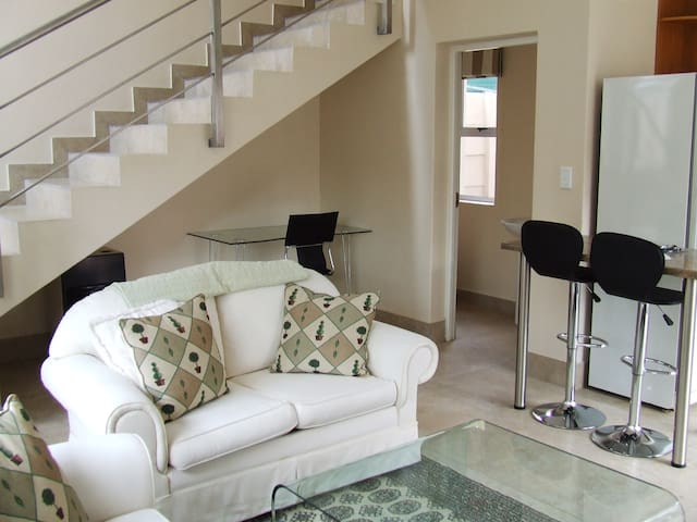 The Cottage at 31 Denbigh - Randburg - Appartamento