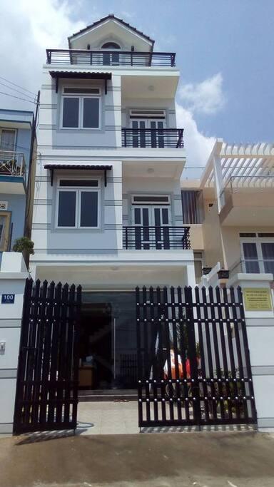 Facade Dalat ATDC House