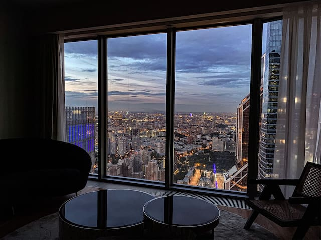 63 floor Oko Space Apartment in Moscow city