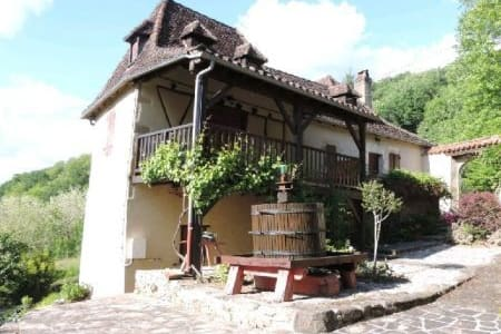 Two charming en-suite rooms - Altillac - Bed & Breakfast