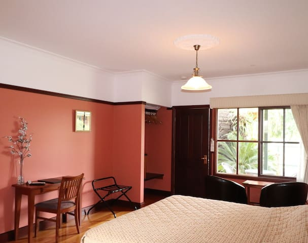We have 4 standalone king sized rooms in an established bed and breakfast hotel retreat setting.  Each room has its own ensuite bathroom.  The Spa room has got a large double bath or hot tub.