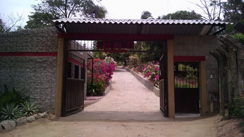 Finca WIZUMA en Bonda, Santa Marta, Colombia