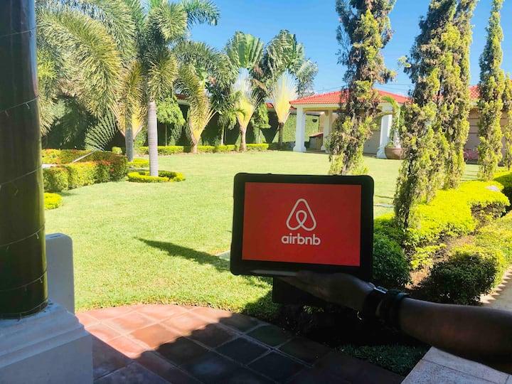 Luxury Private Villa with Pool, Zacapa