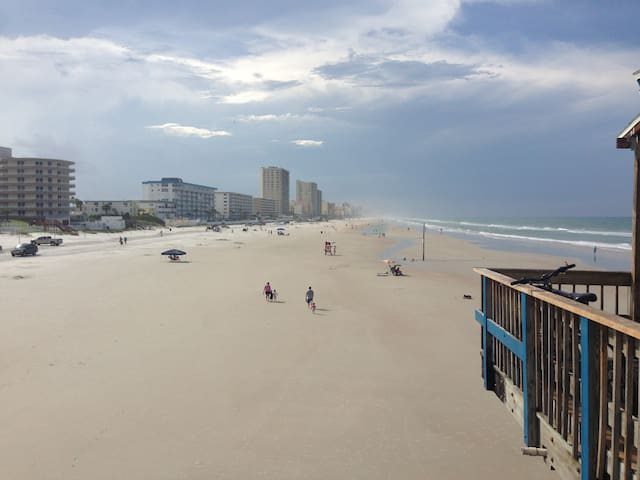 The Beach House - Daytona Beach - House