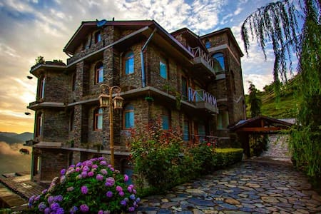 Magical Victorian Luxury by the Valley Shimla