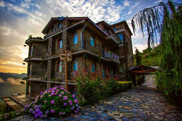 Magical Victorian Home Eloped by the Valley Shimla