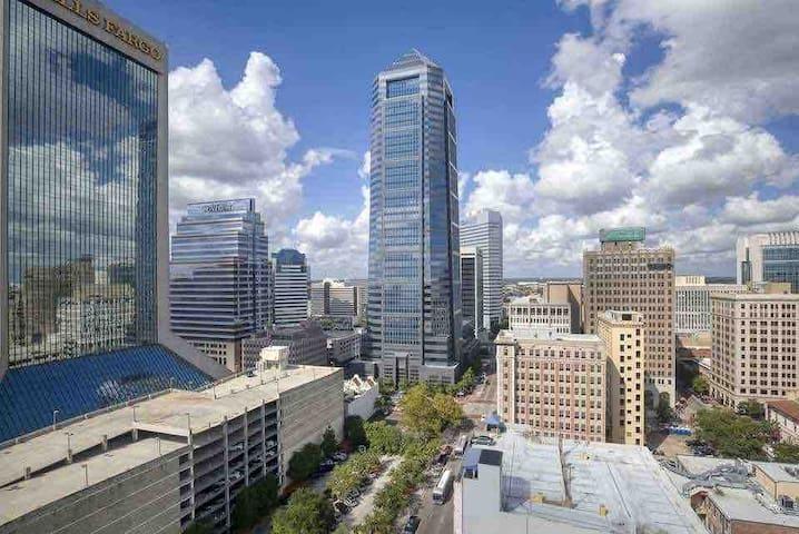 Jacksonville uptown