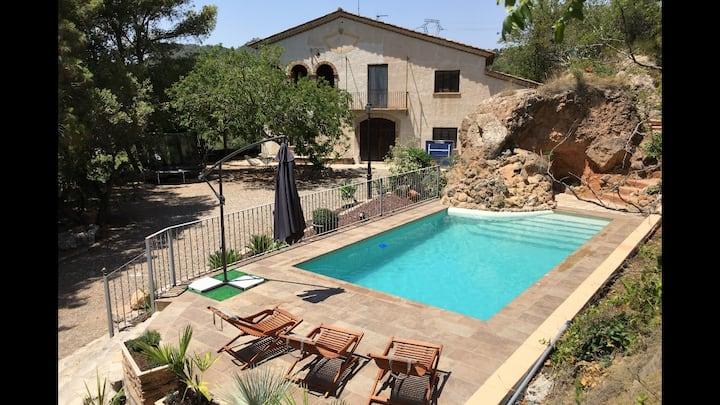Mas Estanis con piscina (casa con encanto S. XVIII