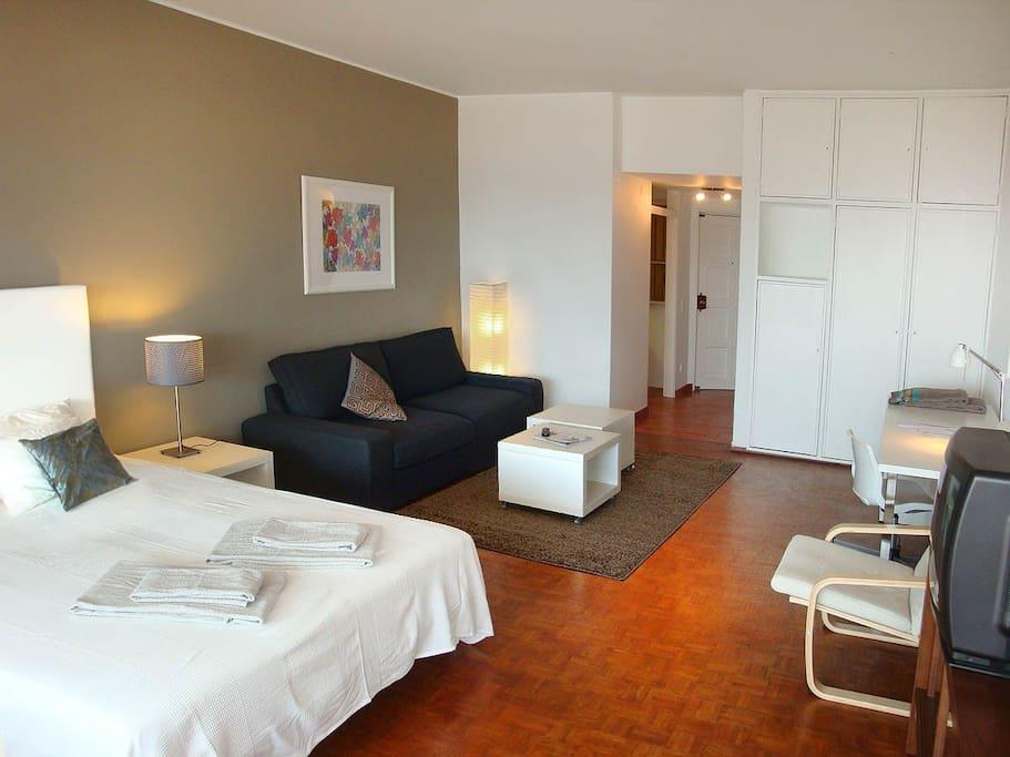 Bedroom + livingroom