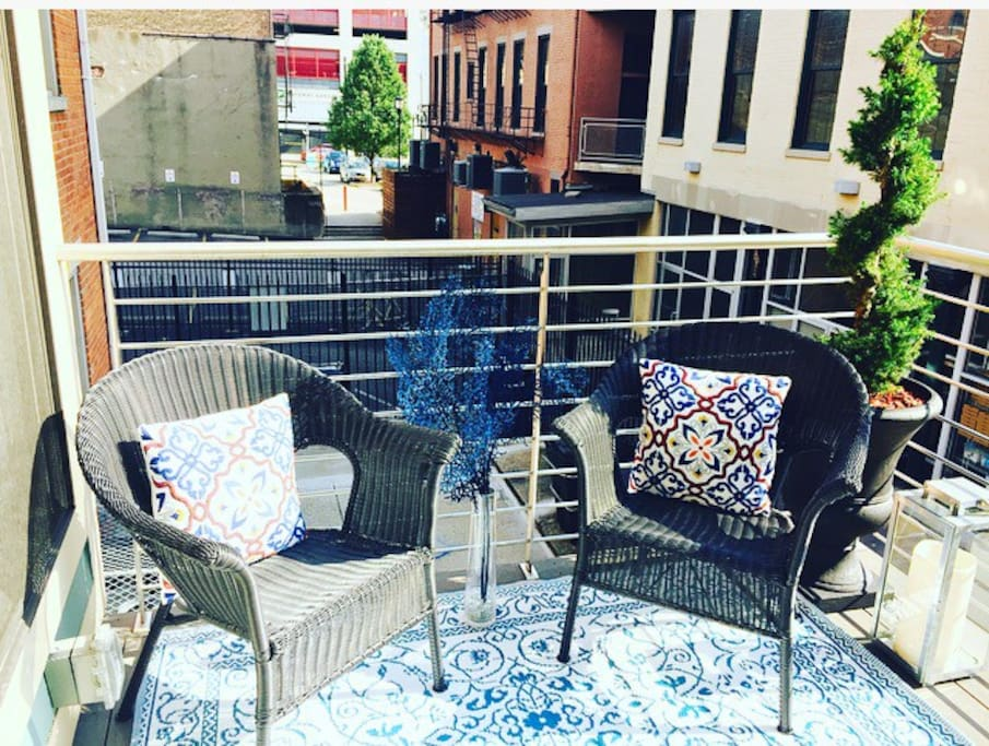 Outdoor Seating on the Balcony
