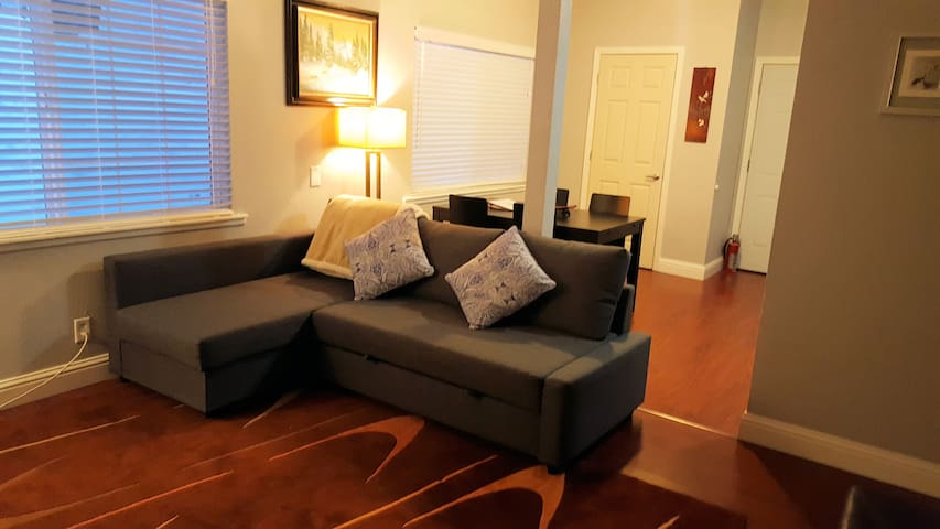 Walking Distance Heavenly and Casinos W/ Parking - South Lake Tahoe - Flat