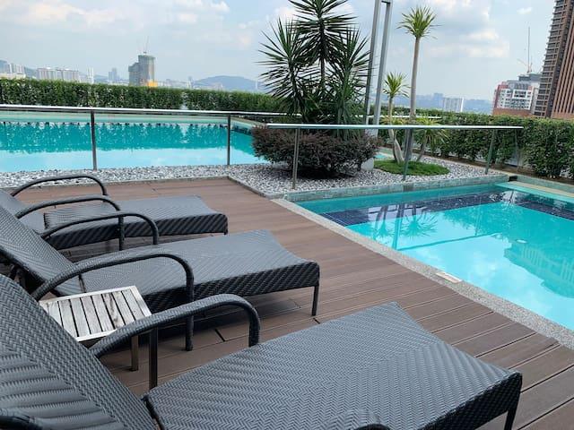 1BR Condo beside Pavillion in Bukit Bintang