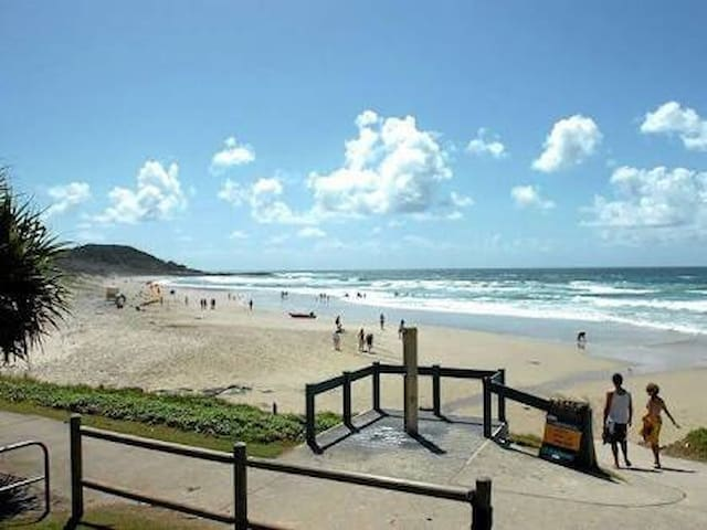 Beatnik apartment 30metres to beach - East Ballina - Apartment