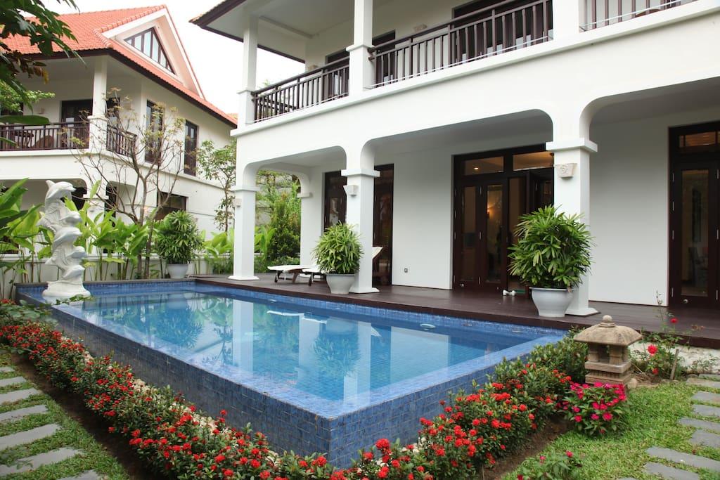 Garden view pool villa 3br b furama villas villas for for Garden pool hanoi