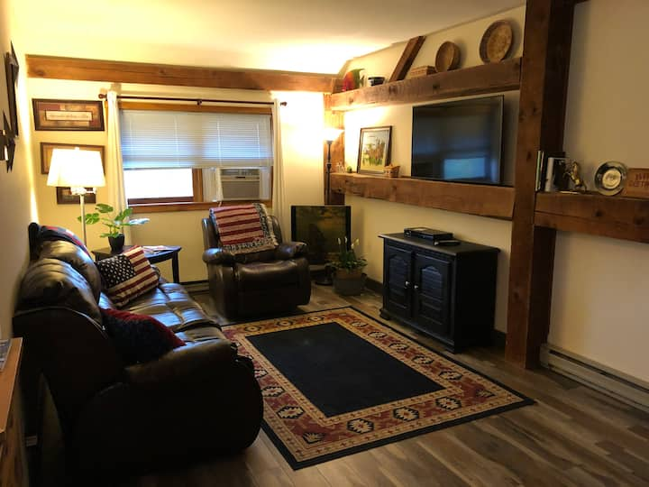 Nittany Hollow Appt. 2 bdrm 45 minutes from PSU