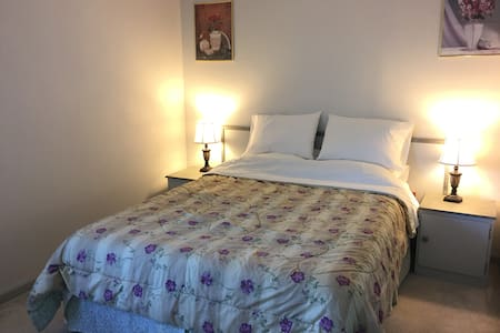 Single room 3 mins from SFO airport - San Bruno - House