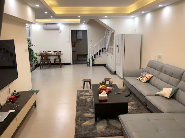 东江湾二期名门世家复式住宅