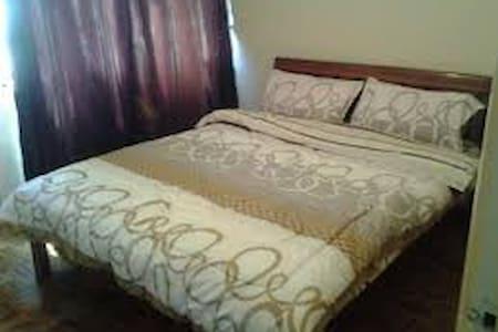 One bedroom self contained apartment. - Nakuru