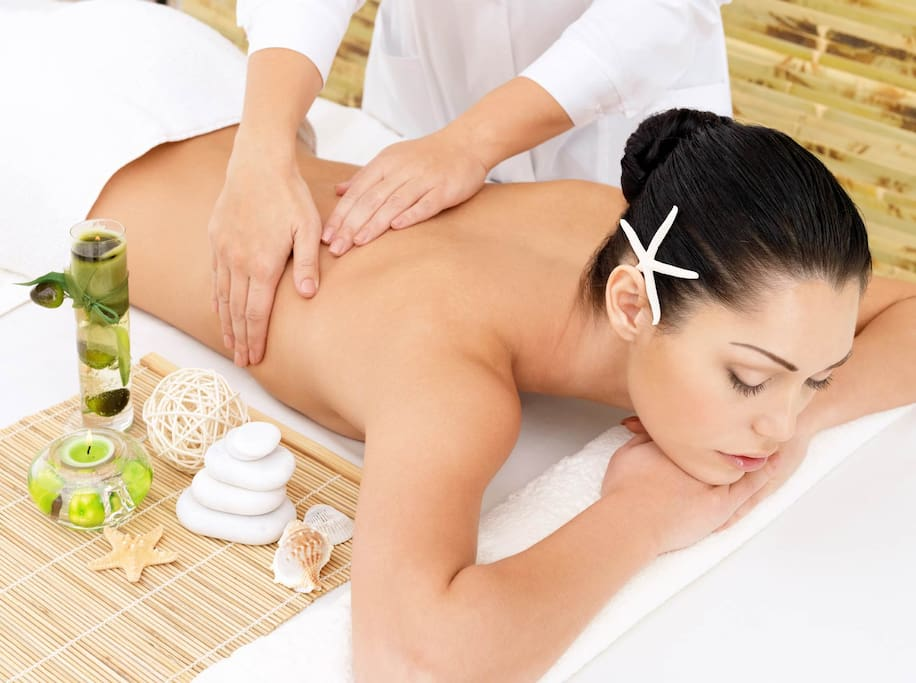 Massage Body at Vela Spa in 1st Floor Pin House