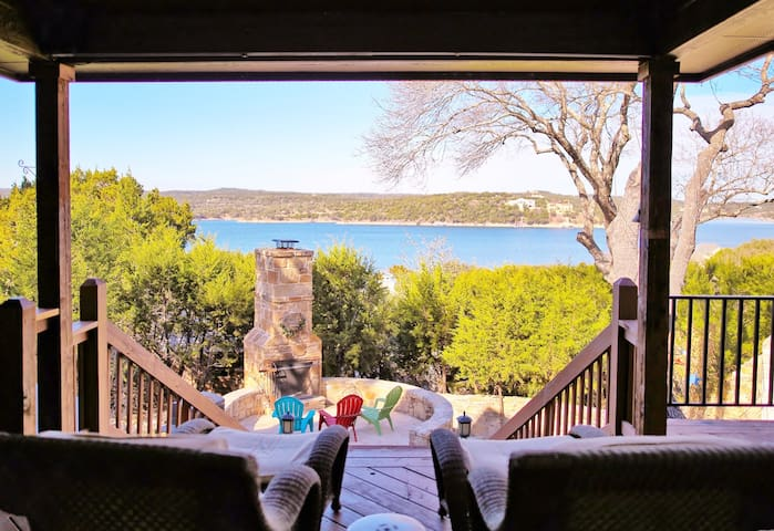 Lake Travis-Spectacular View-HotTub - Point Venture - Rumah