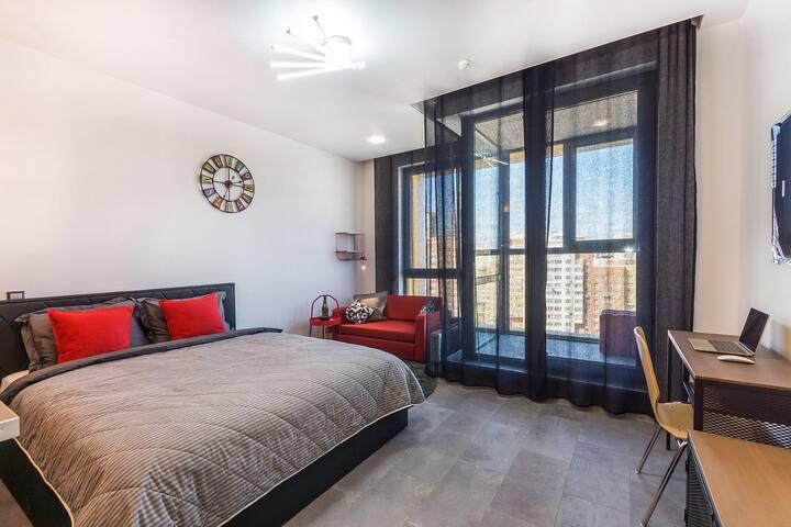 Стильные черно-красные апартаменты Бизнес-класса