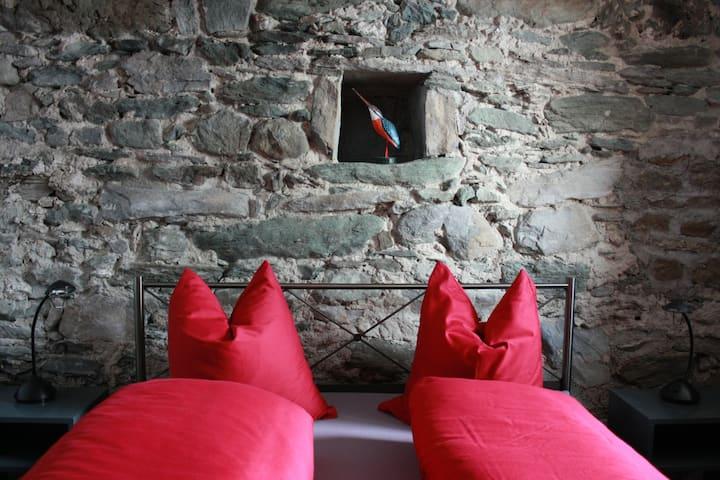 Eine Ferienwohnung mit Charme - im Bergdorf Vals