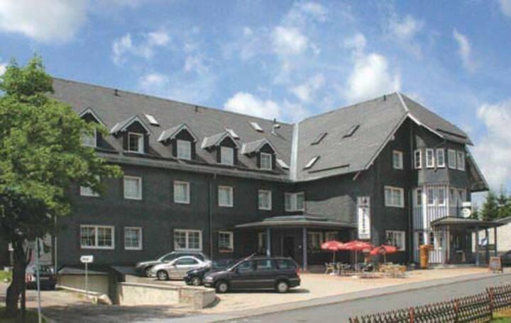 Hotel Auerhahn / Einzelzimmer Preis pro Person