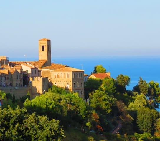 Guidebook for Torre di Palme