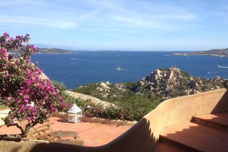 Delizioso Appartamento Vista Mare - Punta Sardegna - Flat