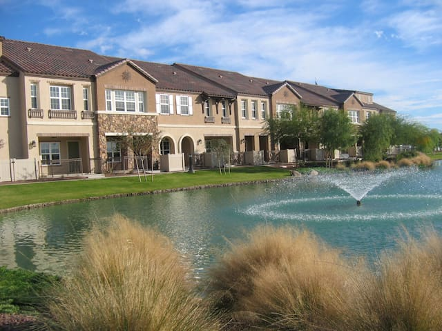 Gilbert, AZ - South Voyager Waterfront Condominium