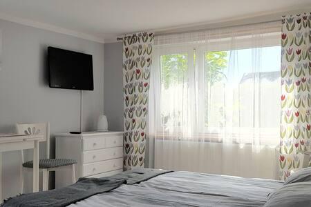 Komfortowy apartament,2 pokoje z własnym tarasem