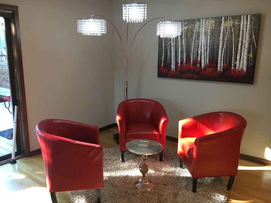 Great seating/conversation area.  Very Cool Lamp!