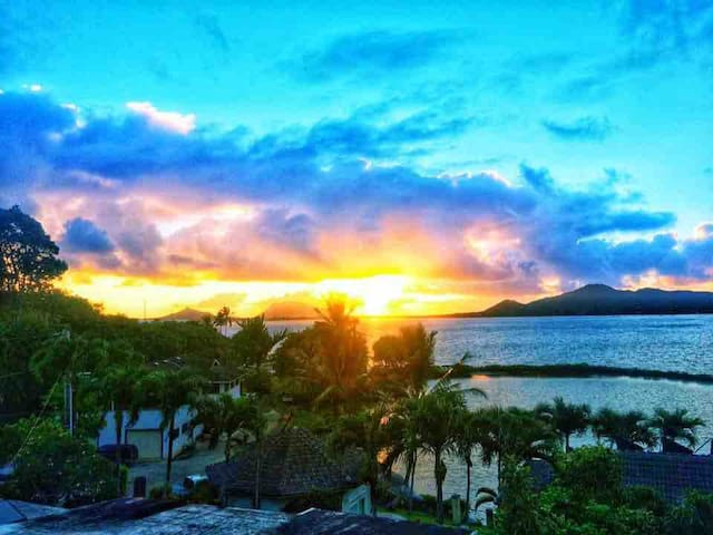 4 KANEOHE BAY SUNRISE VIEW ROOM