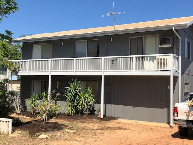 Kalbarri, ocean view 4 bedroom 2 bath