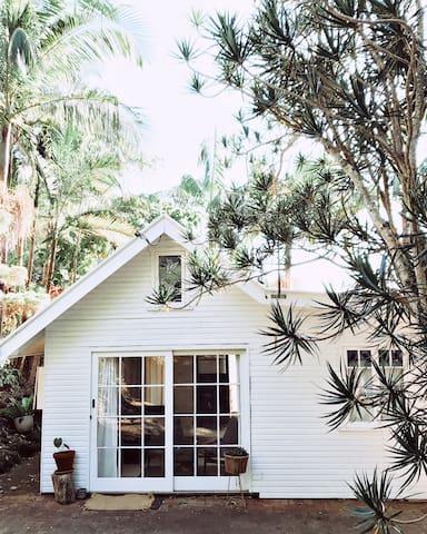 Possum's Cottage