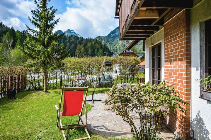 House and garden overlooking forests & mountains - Kranjska Gora - House