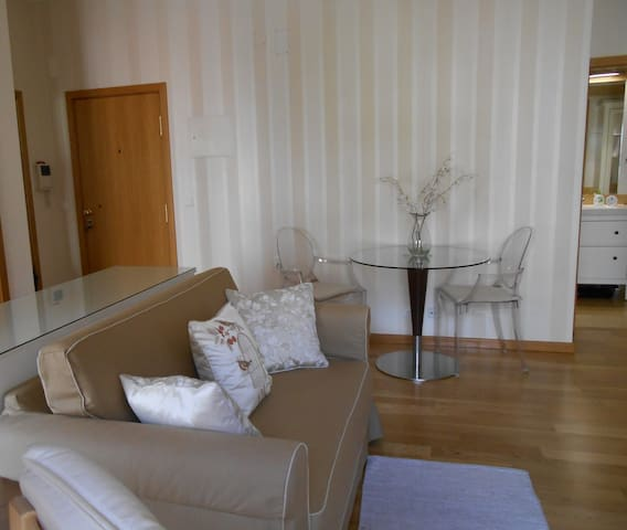 Lisbon Downtown Av. da Liberdade with garage - Lisboa - Apartament