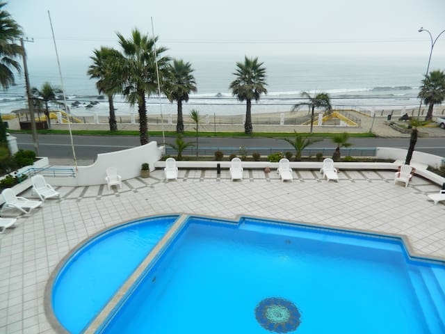 Amazing ocean view from ur balcony. Wifi included - Con Con - Apartmen