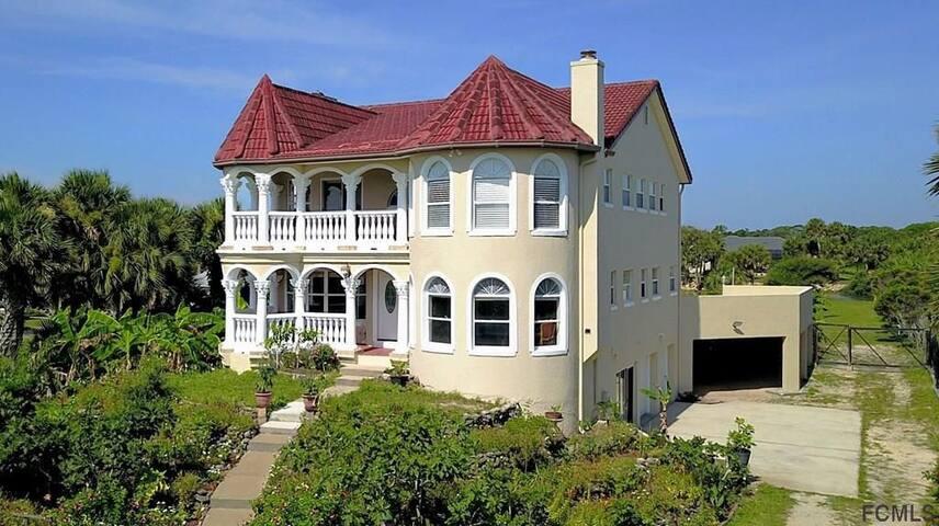 Exclusive Private Villa for Rent