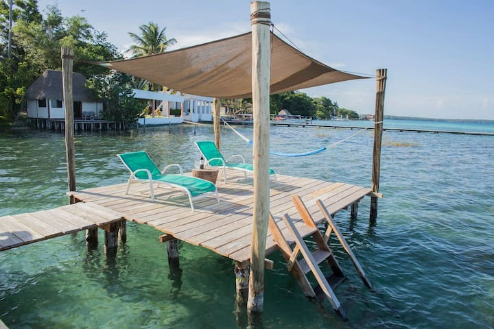 Great Location Romantic Lagoon: Daily Cleaning & Kayaks!