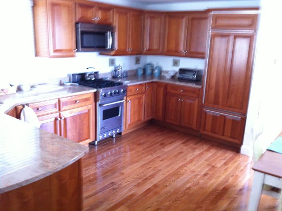 Kitchen open floor plan 1st floor