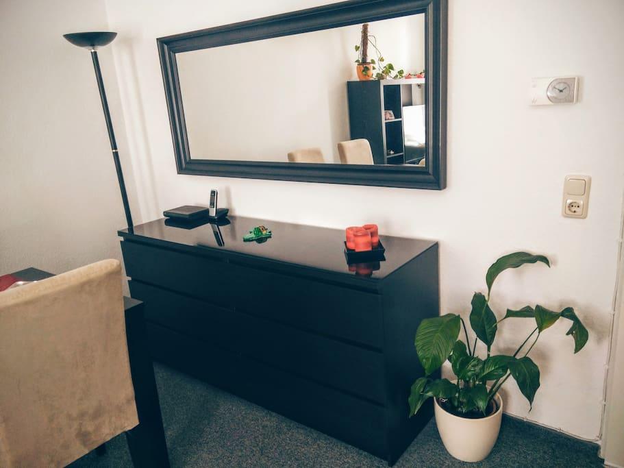 sch ne wohnung in idealer lage hbf zentrumsnah wohnungen zur miete in aachen nordrhein. Black Bedroom Furniture Sets. Home Design Ideas
