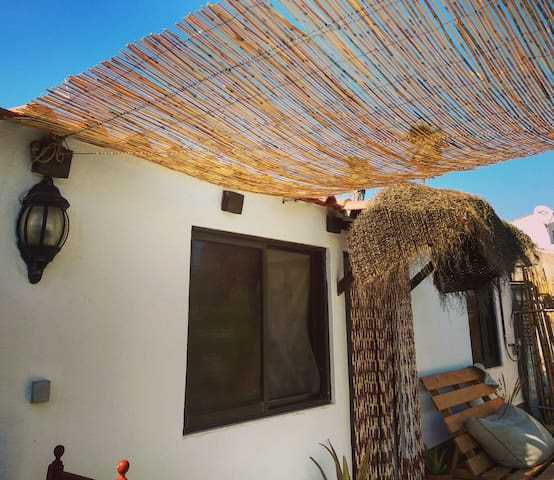 Beach by foot&mountain view *60m2 garden to chill