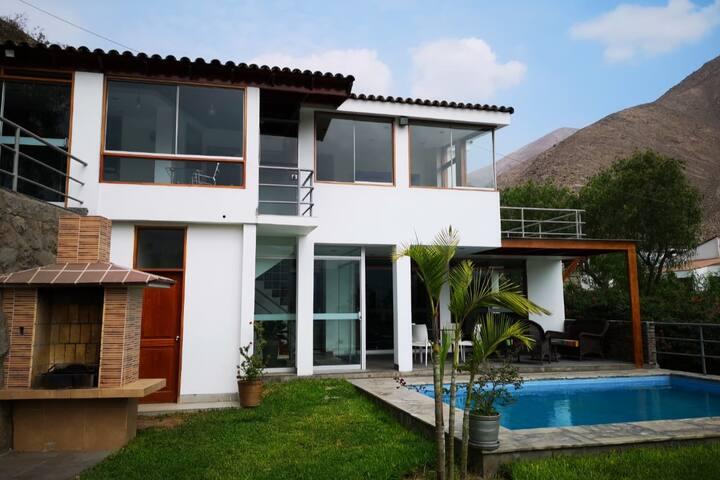 Casa Chaclacayo/piscina/BBQ