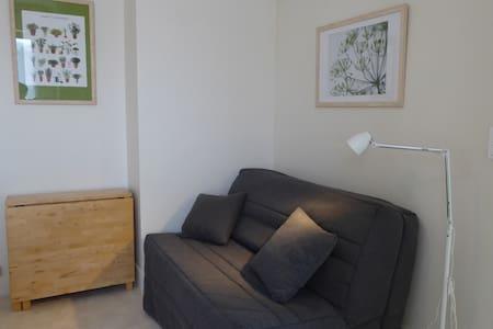 studio avec vue sur les coteaux champenois - Dormans - Appartement