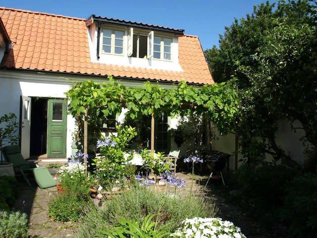 Villa Mästerlots - Höganäs V - บ้าน