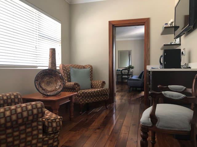 Luxury suite in centre Greenside