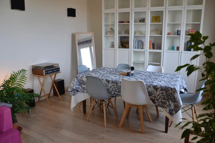 T3/76m² - Lyon 6 - 2 chambres, jusqu'à 6 personnes
