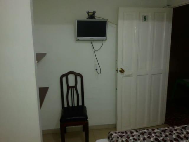 Habitaciones cómodas casa hotel. - Caldas, Antioquia, Colombia - Casa